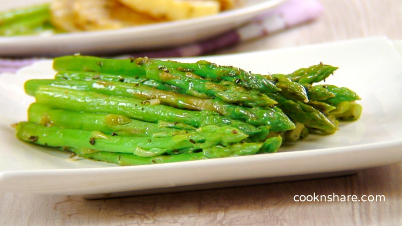 asparagus with rosemary and garlic