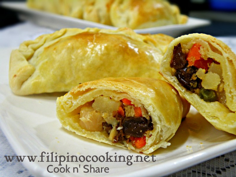 Chicken Empanada | Cook n' Share - World Cuisines
