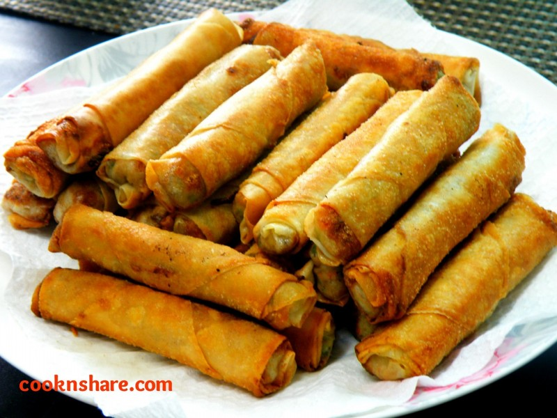 Lumpiang Shanghai (Spring rolls) | Cook n' Share - World Cuisines