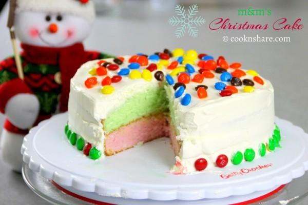 m&m Christmas Cake